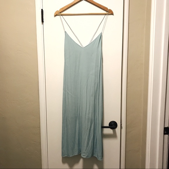 Aritzia Dresses & Skirts - Aritzia Light Blue Midi Dress